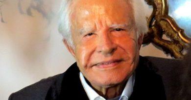 Cid Moreira faz 92 anos e lança canal no YouTube